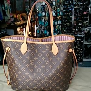 Pre-owned Louis Vuitton Neverful MM Monogram Tote